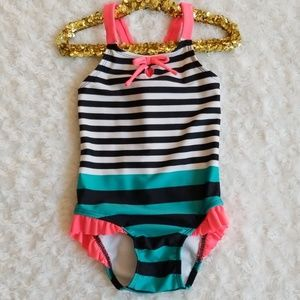 Cat & Jack swimsuit 🌴